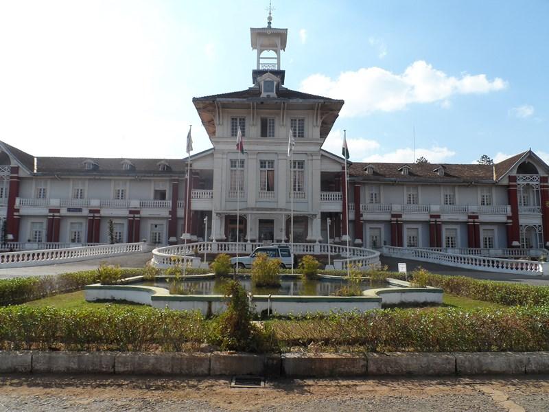 Hôtel des thermes à Antsirabe