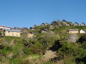Le premier village Zafimaniry
