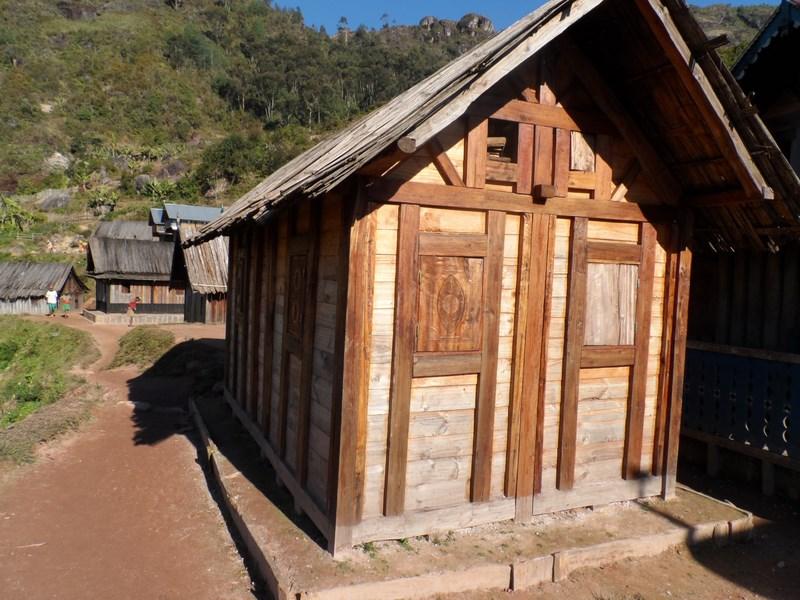 Maison Zafimaniry, neuve