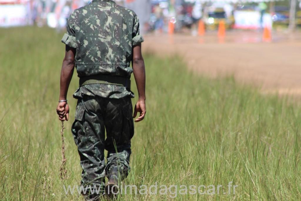 Le sécurité du Run de Madagascar est faite au barbelé