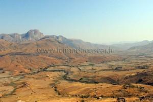 La vallée du Tsaranoro