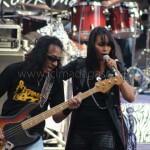 Iary et le bassiste