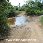 Le chemin pour aller à manambato est difficile surtout en saison des pluies.