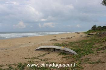 La plage du coté de la mer.