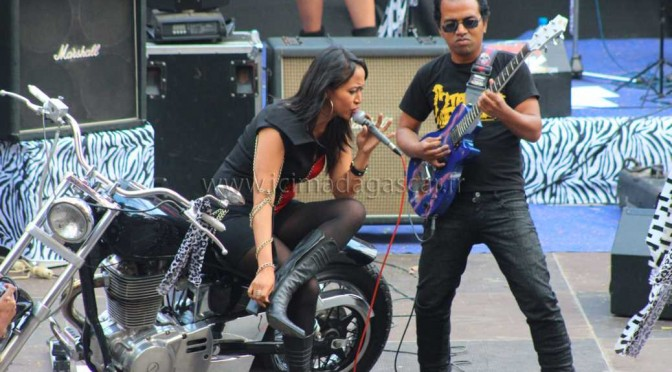 Tana in rock à Antsahamanitra (galerie photos)