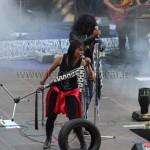 Iary, chanteuse de rock malgache