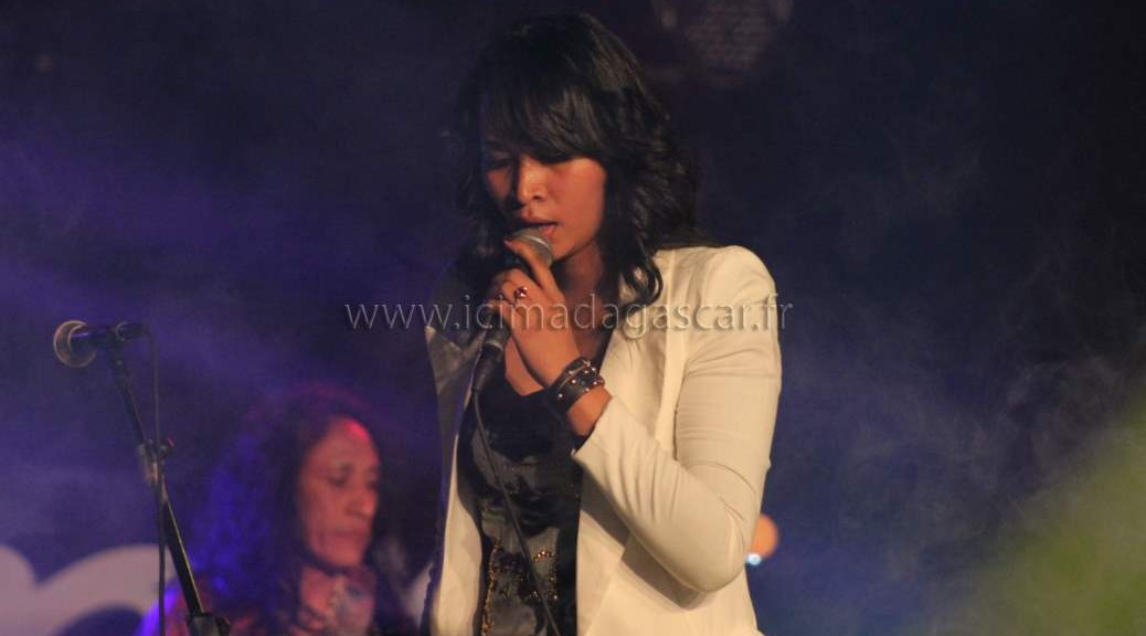 La chanteuse de rock malgache Iary